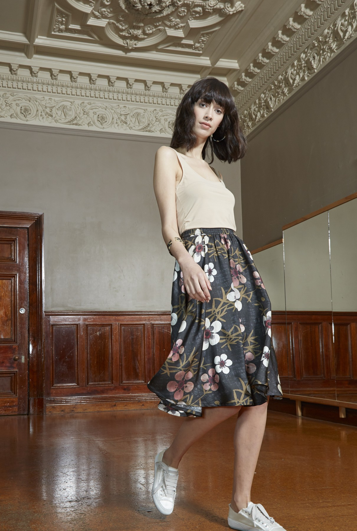dancing skirt/manuka blossom